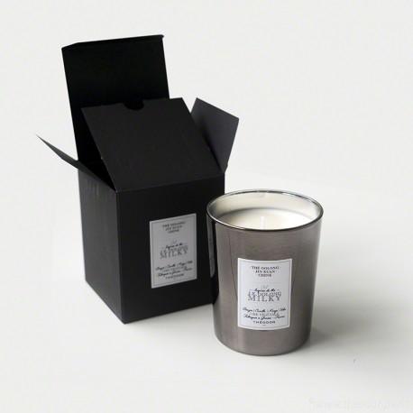 Bougie parfumée - 04 J.E. Oolong Milky
